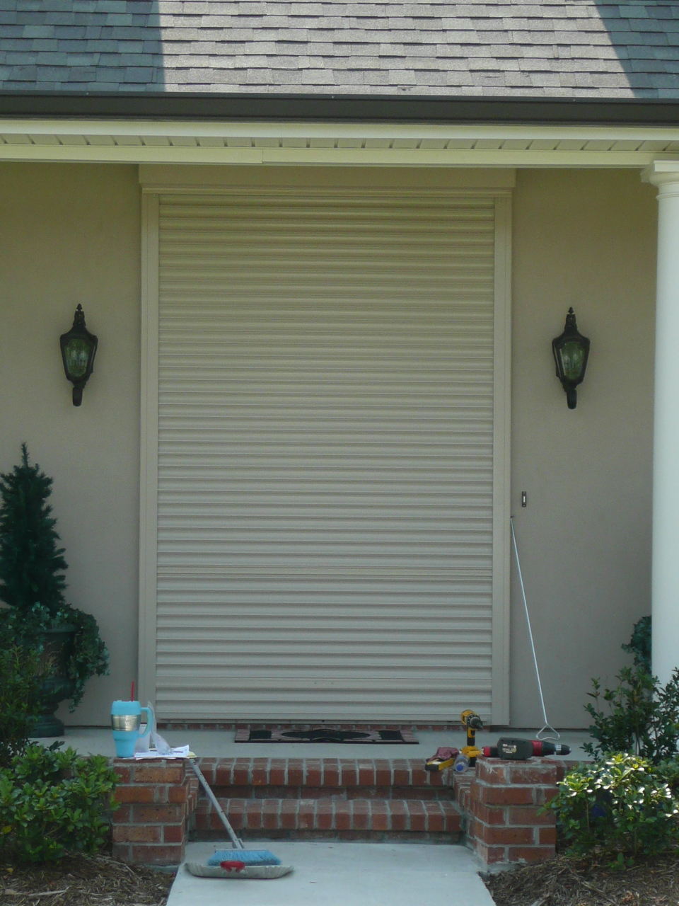 Roll up shutters nu code shutters for Roll up window shutters exterior